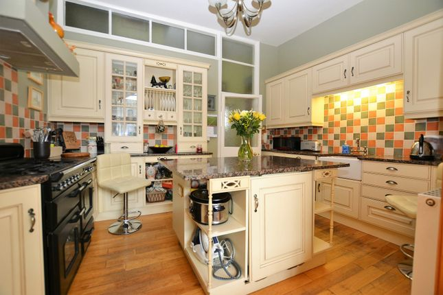 Thumbnail Town house for sale in Market Place, Wisbech, Cambridgeshire.
