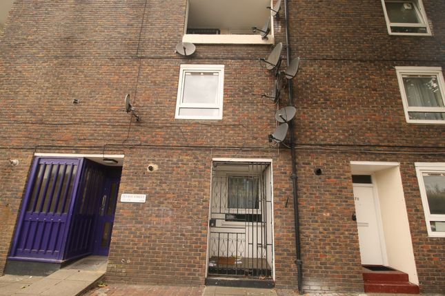 Thumbnail Flat to rent in Teviot Street, London
