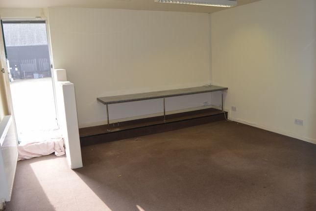 Commercial property to let in Conways Road, Orsett, Grays