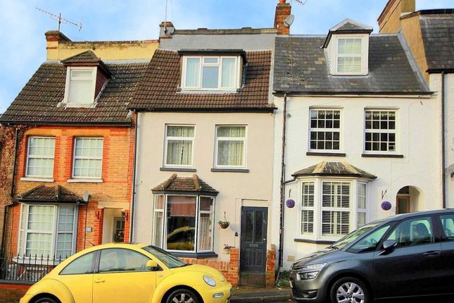 Thumbnail Property to rent in Glenview Road, Hemel Hempstead