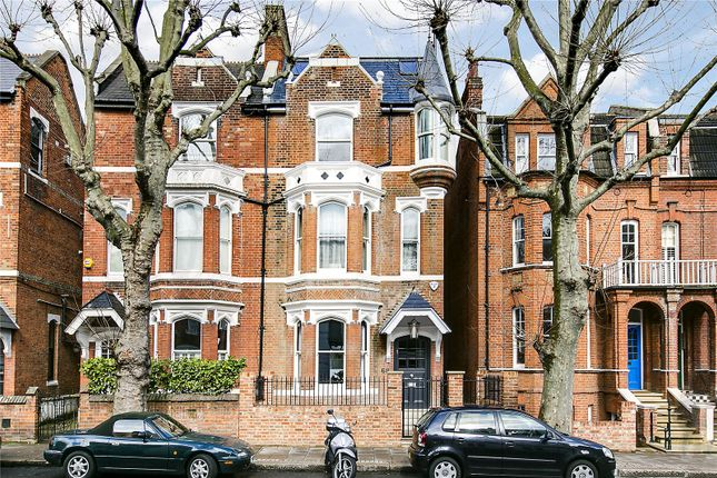 Thumbnail Semi-detached house to rent in Munster Road, Fulham, London