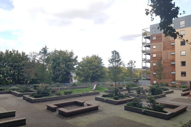 Thumbnail Flat to rent in Restell Close, Greenwich, London