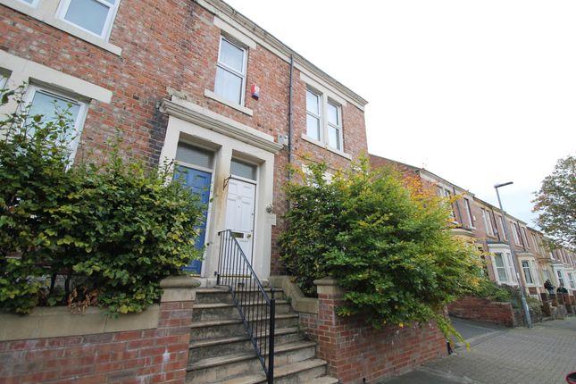 2 bed flat for sale in windsor avenue bensham gateshead tyne windsor avenue bensham gateshead tyne amp freerunsca Images