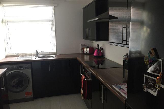 Flat to rent in Finham Court, Wakeley Road, Gillingham