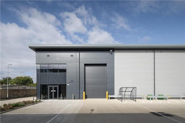 Thumbnail Industrial to let in Unit D3, Walthamx, Station Approach, Waltham Cross, Hertfordshire