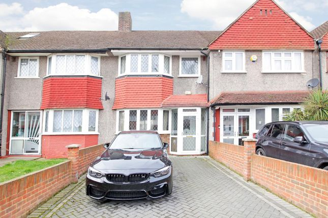3 bed terraced house to rent in Longhill Road, London SE6