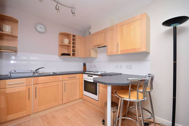 2 bed flat for sale in Fishguard Way, Docklands