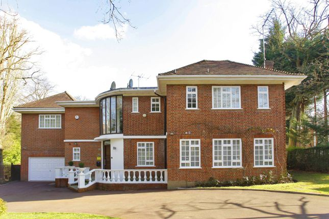 Thumbnail Property to rent in White Lodge Close, Hampstead Garden Suburb