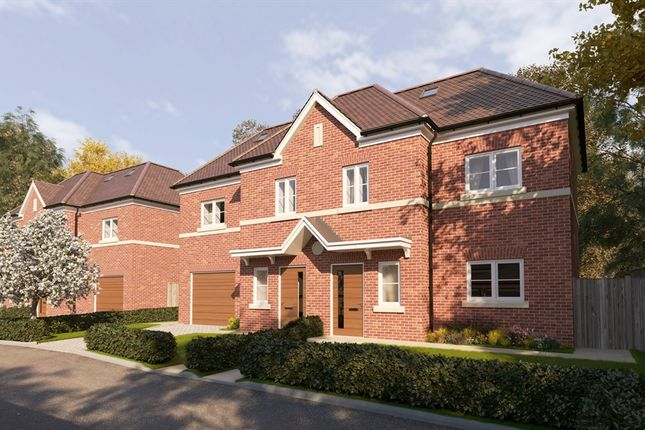 Thumbnail Semi-detached house for sale in Woodlands Rise, Maidenhead