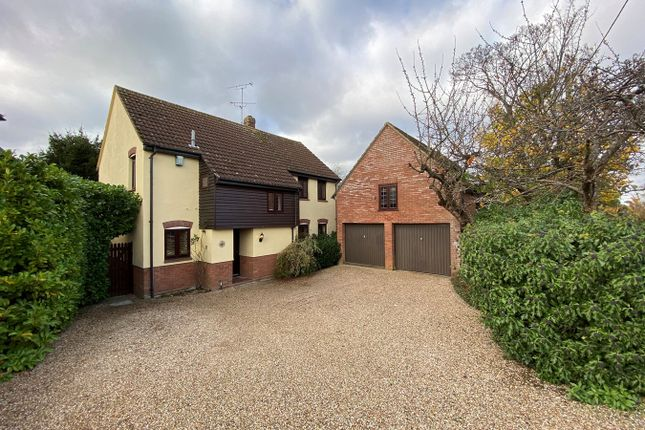 Thumbnail Detached house for sale in Vicarage Lane, Great Baddow, Chelmsford