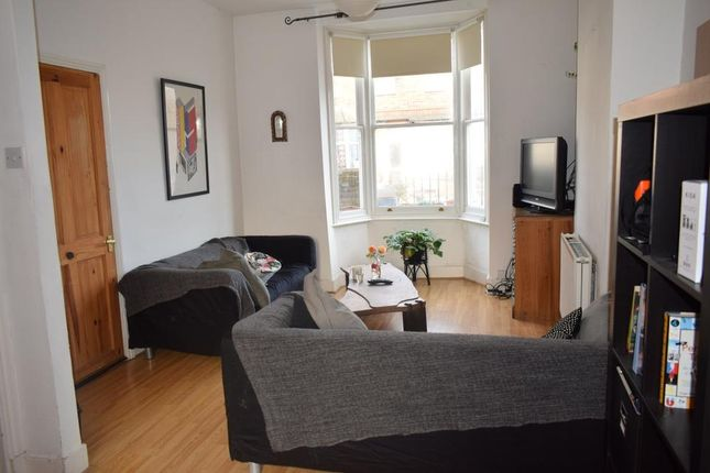 Thumbnail Semi-detached house to rent in Nigel Road, London