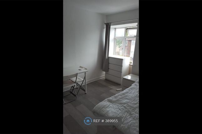 Thumbnail Room to rent in St. Andrews Road, London
