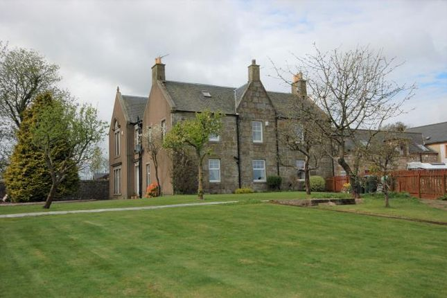 Thumbnail Country house to rent in Bishops View, Gairneybridge, Kinross