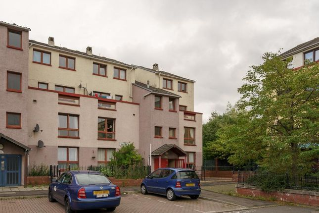 Thumbnail Flat for sale in 107/5 Barn Park Crescent, Wester Hailes