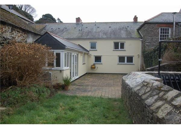 Rear Of 8 The Square, Pentewan