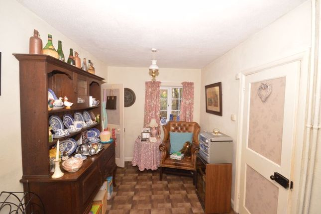 Photo 14 of Meadway, Haslemere GU27