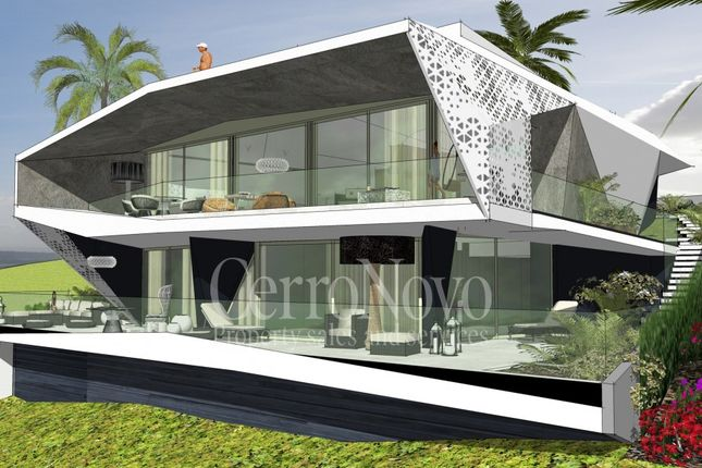 Thumbnail Villa for sale in West Of Albufeira, Algarve, Portugal
