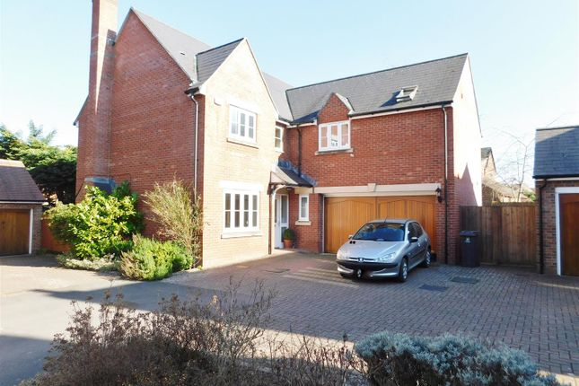 Thumbnail Detached house for sale in Elm Grove, Calne