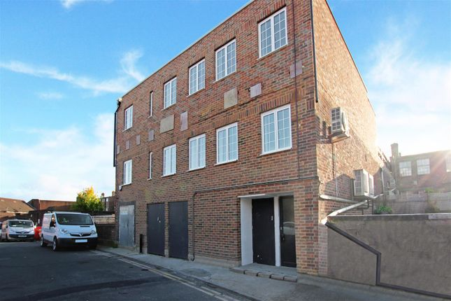 Thumbnail Flat to rent in St. Wilfrids Way, Haywards Heath