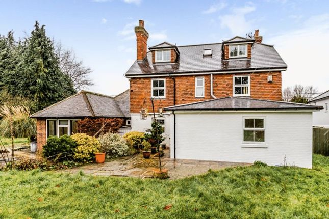 6 bed detached house for sale in Back Street, Leeds, Maidstone