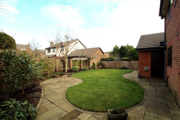 Garden1 of Muirfield Close, Preston PR2