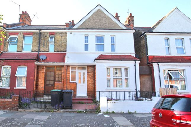 Thumbnail Detached house to rent in Hewitt Avenue, London