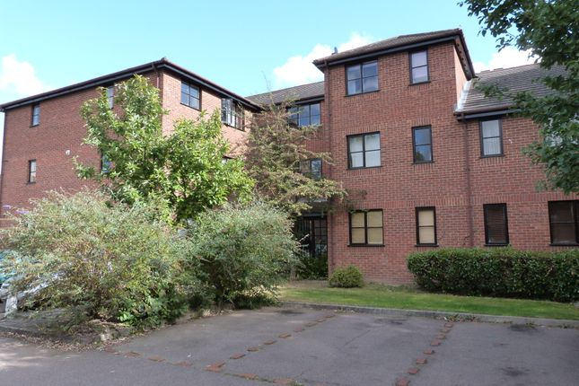 Thumbnail Flat to rent in Cranbrook, Woburn Sands