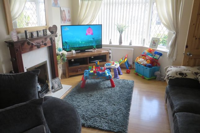 Thumbnail Semi-detached house to rent in Bromsgrove Avenue, Eccles, Manchester