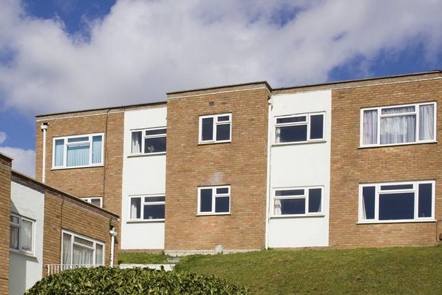 Thumbnail Flat to rent in Chideock Close, Parkstone, Poole