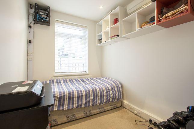 Bedroom 4 of Froxfield Avenue, Reading, Berkshire RG1