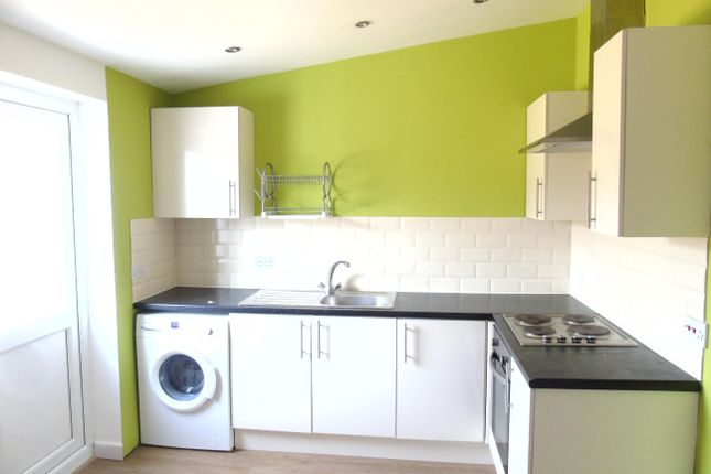 Thumbnail Flat to rent in Neville Street, Cardiff