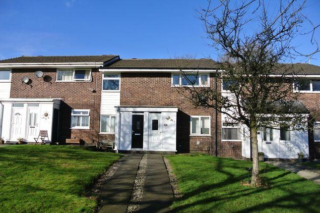 Thumbnail Flat for sale in Corston Grove, Blackrod, Bolton