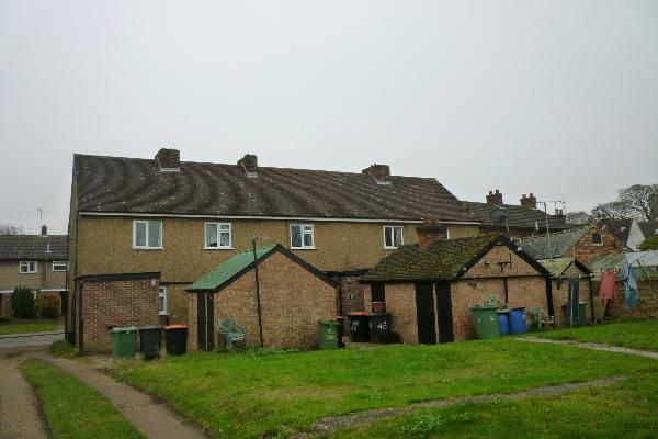 Thumbnail Cottage to rent in Station Road, Toddington, Beds
