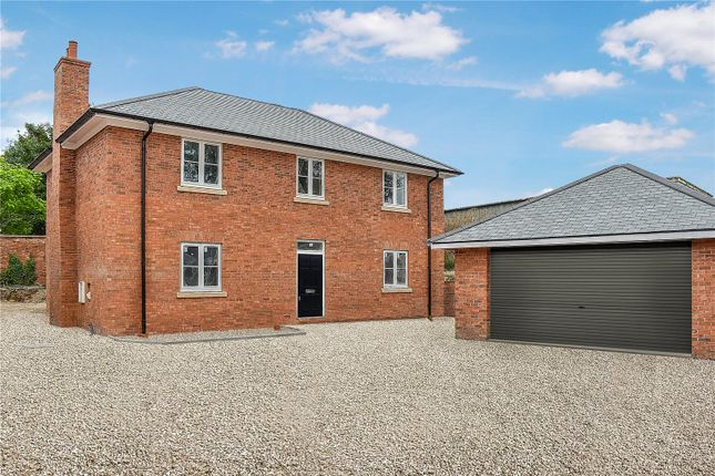 Thumbnail Country house for sale in Evesham Road, Norton, Evesham