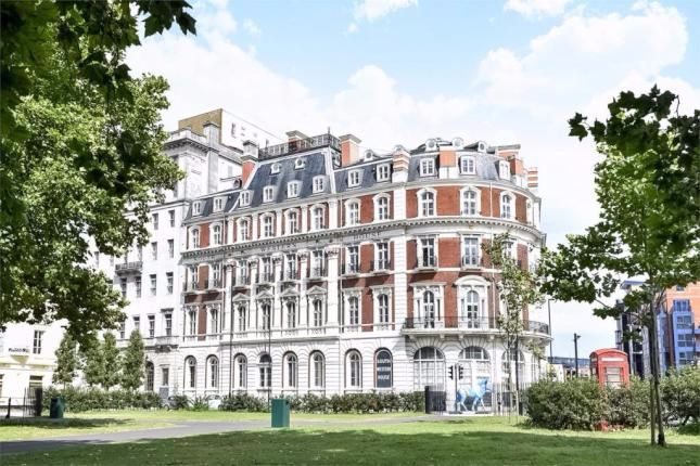 Thumbnail Flat for sale in Canute Road, City Centre, Southampton, Hampshire