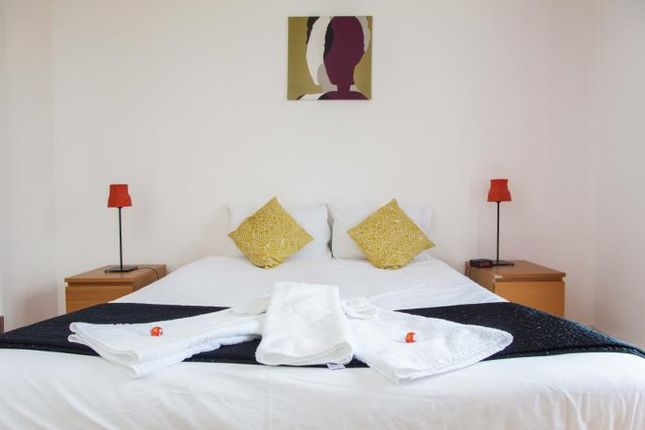 Thumbnail Flat to rent in Western Harbour Midway, Edinburgh