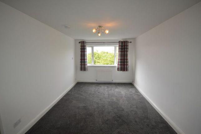 Thumbnail Flat for sale in Oak Avenue, East Kilbride, South Lanarkshire