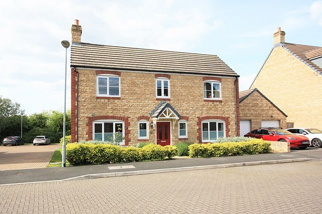 Thumbnail Detached house for sale in Fitzgerold Avenue, Highworth