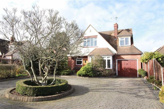 Thumbnail Detached house for sale in Hockley Road, Rayleigh, Essex