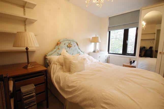 Thumbnail Flat to rent in Tavistock Crescent, London