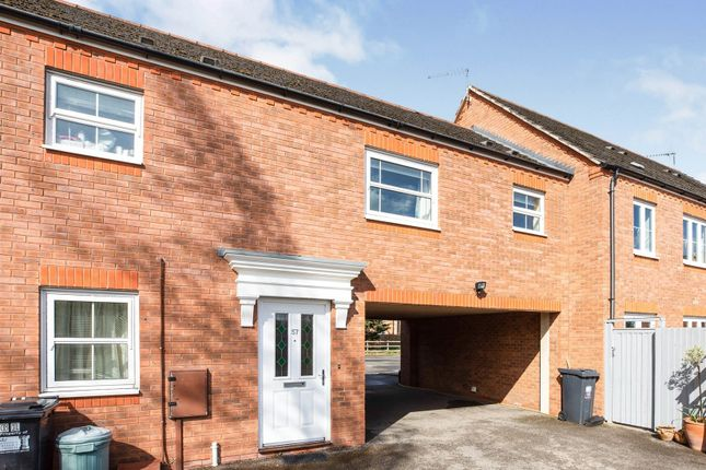 Thumbnail Property for sale in Bremridge Close, Barford, Warwick