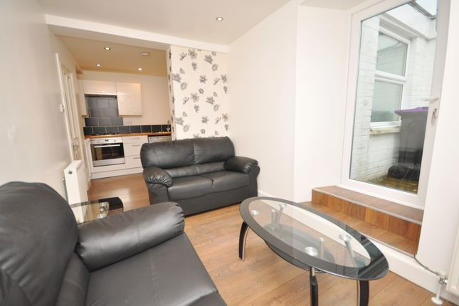 Living Room of 29 Glendoune Street, Girvan KA26