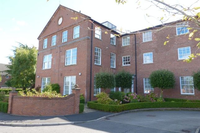 Thumbnail Flat for sale in Westholme Close, Congleton, Cheshire