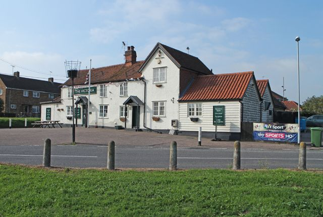 Thumbnail Pub/bar to let in Powers Hall End, Witham