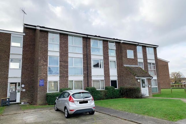 2 bed flat for sale in 26 Lupin Drive, Springfield, Chelmsford, Essex CM1