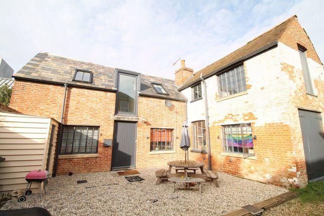 Thumbnail Property to rent in Lansdown Road, Canterbury
