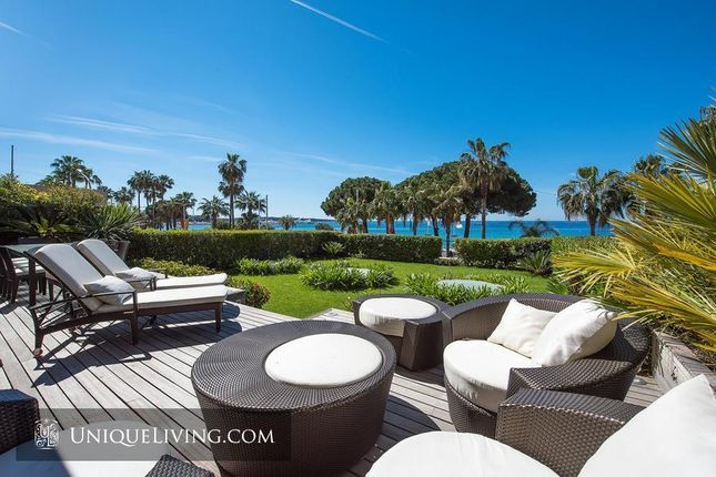 Thumbnail Apartment for sale in La Croisette, Cannes, French Riviera