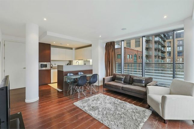 Thumbnail Flat to rent in Baltimore Wharf, 4 Oakland Quay, London