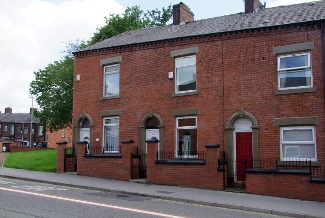 Thumbnail Terraced house to rent in Ashton Road, Oldham