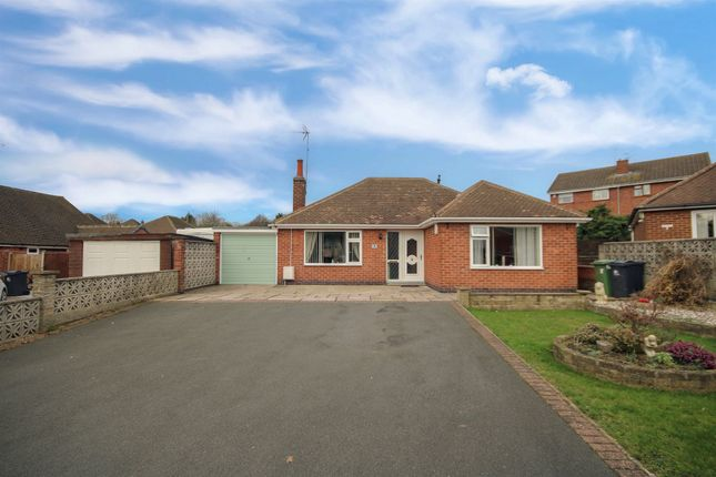Thumbnail Detached bungalow for sale in Hayes Crescent, Swanwick, Alfreton